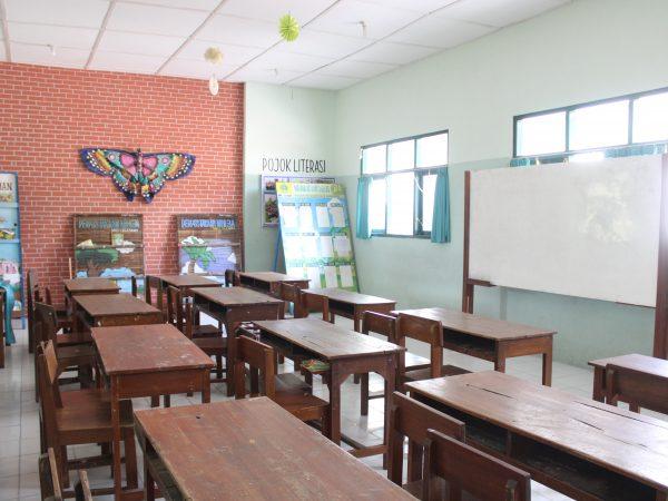 Ruang Kelas MIN 1 Sleman.